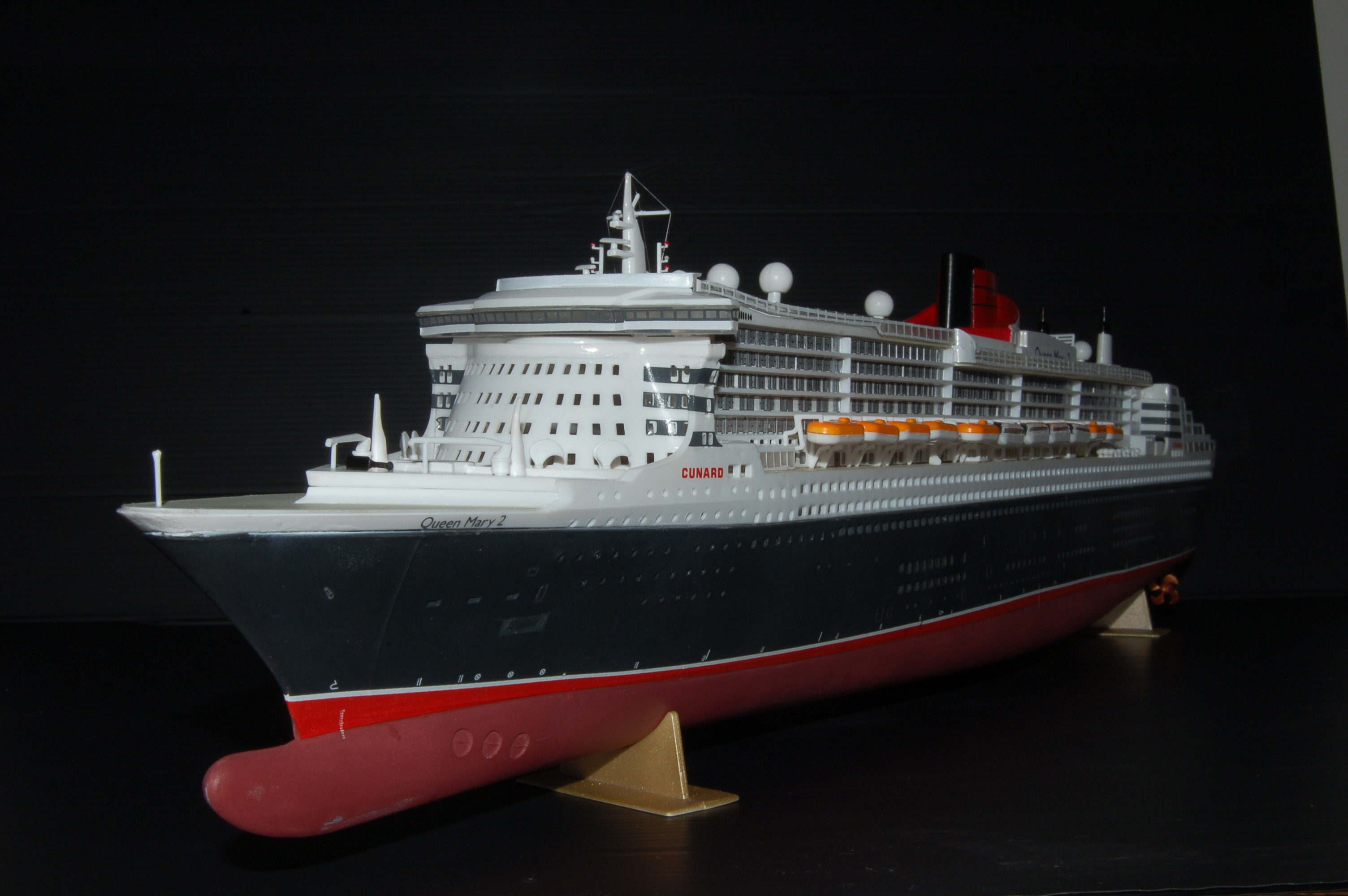 Rms queen mary ii romsey modellers for Garderobe queen mary 2